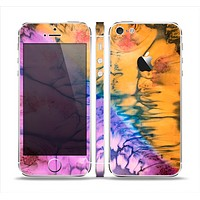 The Vivid Colored Wet-Paint Mixture Skin Set for the Apple iPhone 5
