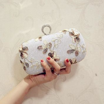 European Design Lace Decoration Clutch Bag 2017 Women Embroidery Evening Bag Party Wedding Hand Bag With Chain Purses Wallet