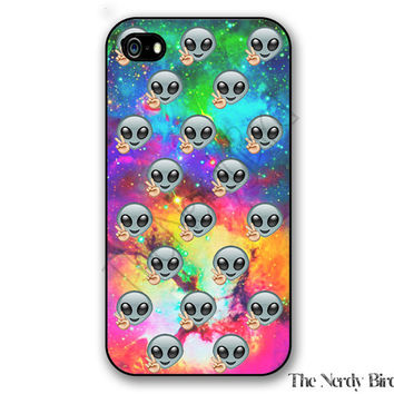 Alien Emoji on a Galaxy Background iPhone 4, 5, 5C, 6 and 6 plus and Samsung Galaxy s3, s4, and s5 Phone Case