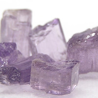 Purple Scapolite Gemstone,  Rough Raw Crystal Points for Jewelry,  Wrapping Stones, Talisman for Amulet, Semiprecious gem cylinders