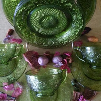 Avocado Daisy Pattern Plate Set