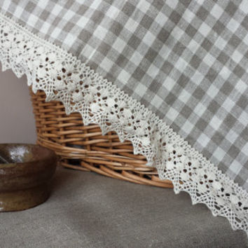 Linen Table Runner Topper with French lace cream checked wrinkled washed vintage look French Country cottage style