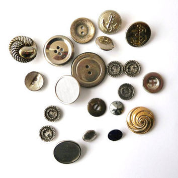 Silver Tone Vintage Buttons - 20 Several Sizes - Metal Buttons