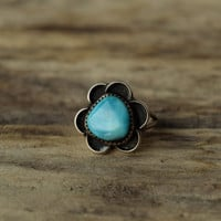 Turquoise Ring - size 5.5 - Turquoise Flower Ring - natural stone boho ring - Sterling Silver southwestern ring - small flower ring bohemian