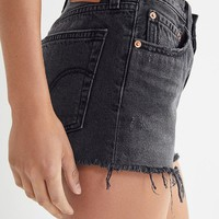 Levi's 501 Mid-Rise Denim Short – Trashed Black | Urban Outfitters