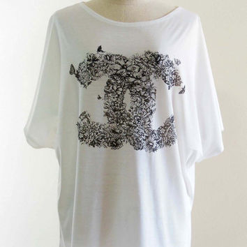Rose Flowers Nature Art Design Style Bat Sleeve Women T-Shirt White Short Sleeve T-Shirt Art T-Shirt Oversize Screen Print Free Size