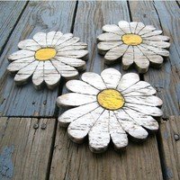 Daisies Wooden Shabby Chic Set of 3 Boho by SlippinSouthern