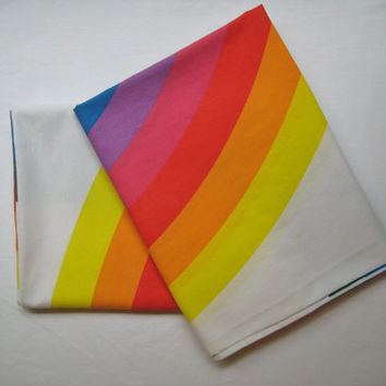 Vintage Wamsutta Rainbow Bed Pillowcases Matching Set of 2 Standard Size Pillow Slip Bedding Craft Fabric Clean Used