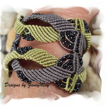 Intertwine Macrame Bracelet Pattern in PDF
