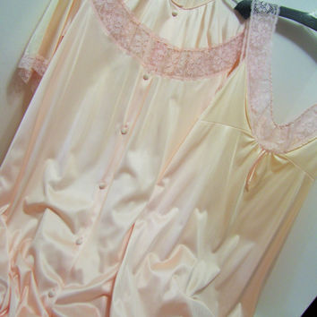 Vanity Fair, Peach Pink, Peignoir Set, Long Robe, Long Night Gown, Size Small TALL, Sexy Sleepwear, Honeymoon, Resort Cruise Wear