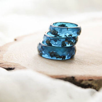 Cobalt Blue Resin Ring, Faceted Resin Ring with Copper Flakes, Epoxy Ring, Unique Resin Jewelry, Gift For Her, For Girlfriend, For Friend