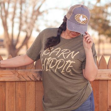 Barn Hippie Tee in Olive