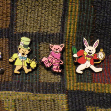 Set of 5 Dead Head Alice in Wonderland Cheshire Cat Mad Hatter Queen of Hearts Dancing Bear Enamel Lapel Hat Pin Lot