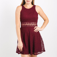 Lila Lace Dress in Burgandy