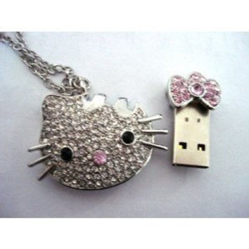 Hello Kitty Crystal Necklace 8GB USB Flash Drive by minatruong