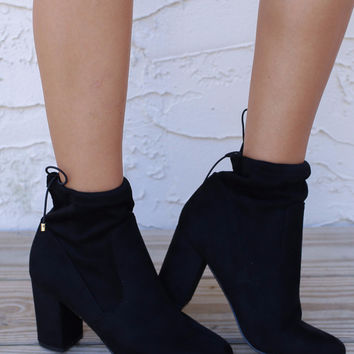 CHINESE LAUNDRY Kyla Black Suedette Booties
