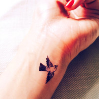 2pcs Small Sparrow tiny bird tattoo - InknArt Temporary Tattoo - pack tattoo quote wrist ankle body sticker anchor fake tattoo