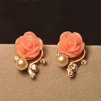 Nice Pink Rhinestone Rose Earrings