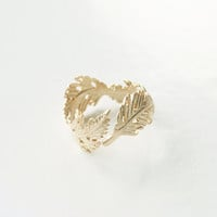 Elegant Gold Feather Ring, Feminine Ring, Adjustable Ring, Leaves Ring, Tiny Ring, Gift Ring, Minimalist Jewelry