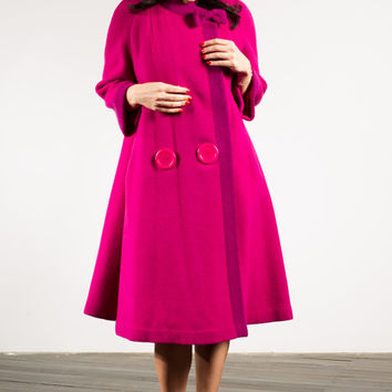 """Vintage 1960s """"Marcwyn"""" fuchsia pink MOD swing coat with oversize buttons and bow, large"""
