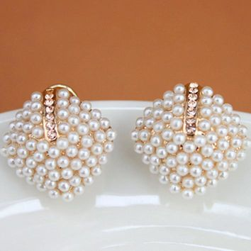Chicloth Alloy Diamante White Elegant Pearl Earrings