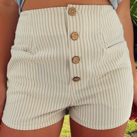 Face The Day Shorts: Taupe/Ivory