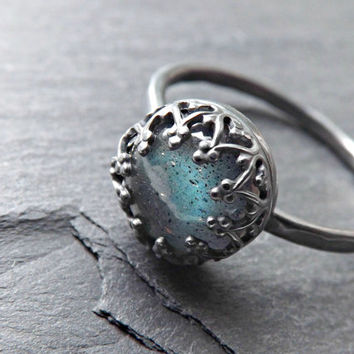 blue labradorite black silver ring, labradorite engagement ring silver, delicate silver ring, crown ring silver, labradorite wedding band