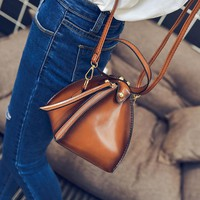 Fashion Women Bag Triangle Lantern Solid Mini Handbag Messenger Corossbody Shoulder Bags For ladies Female Bolsa Feminina