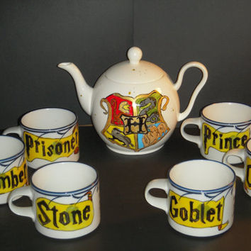 Harry Potter Book Series Tea Set of 6 mugs and a tea pot Hand Painted, white with blue flowers