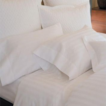 Duet II Duvet and Shams by Peacock Alley