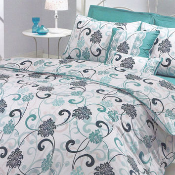 Queen Bedding Set in Mint Green, Teal Blue, Seafoam, White Damask Print  – 6-piece Set with Duvet Cover, Flat Sheet, Shams & Pillow Cases