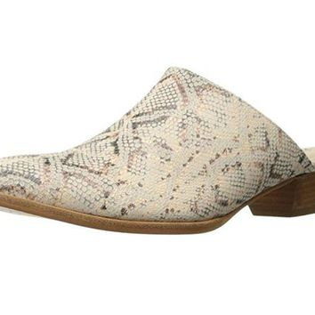 DCCKAB3 Matisse Clover Leather Mule Shoes Natural Snake