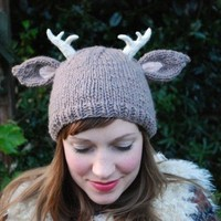 KNITTING PATTERN deer with little antlers hat