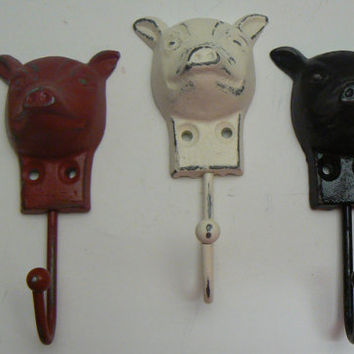 Pig Trio Set 3 Hooks Cast Iron Black Red Off White Cream Country Kitchen Shabby Chic Distressed Bath Jewelry Leash Key Scarf Towel Wall Hook
