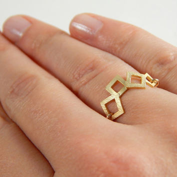 Minimalist geometric gold chain stackable ring, tiny squares ring, elegant and simple, everyday jewelry
