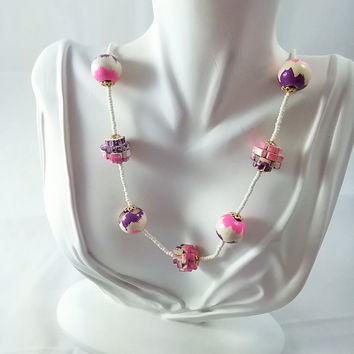 "Vintage 50s 60s 24"" Necklace White/ Purple/Pink Wood Carved Beaded"