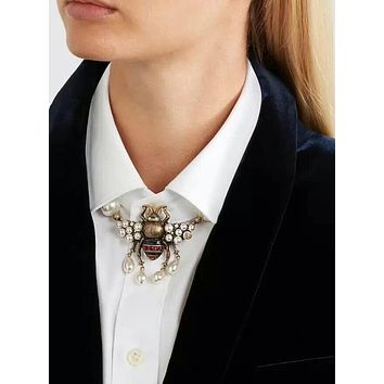 GUCCI Classic Fashion Women Girl Pearl Bee Necklace Choker Bow Tie Accessories Jewelry
