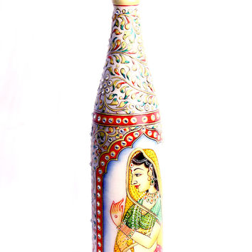 Aakashi White Gold Color Wine Bottle