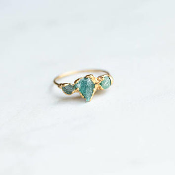 Triple Stone Ring, Stacking Ring, Raw Crystal Ring, May Birthstone Ring, Boho Ring, Gold Ring, Gemstone Ring, Triple Emerald Ring