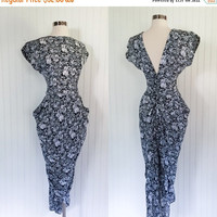 25% OFF black & white vintage 1980s sheer graphic floral print ULTRA  wiggle mermaid wiggle dress // pockets draped  plunging backless // si