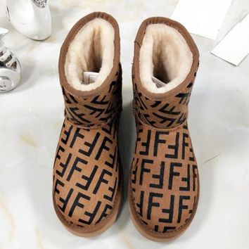 Fendi high quality new fashion letter print shoes keep warm snow boots women Coffee