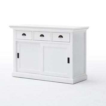 Halifax Buffet with sliding doors White semi-glosspaint with a smooth top coat