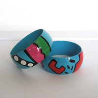 Vintage 1980s New Wave / Pair of Wide Painted Plastic Bangle Bracelets / Abstract Design