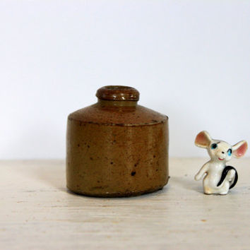 antique ink well // primitive pottery // stoneware // collectible // mini vase // L
