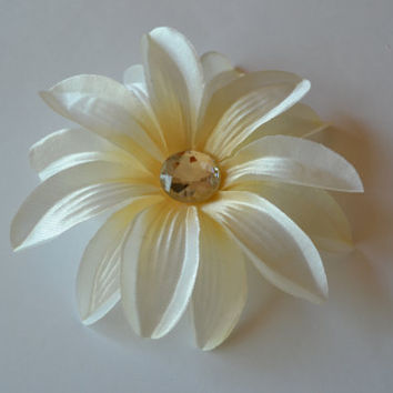 Ivory Tropical Flower Hair Clip