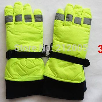 traffic police gloves ski gloves Snowboard gloves Snowmobile Motorcycle Riding winter gloves Windproof Waterproof  gloves