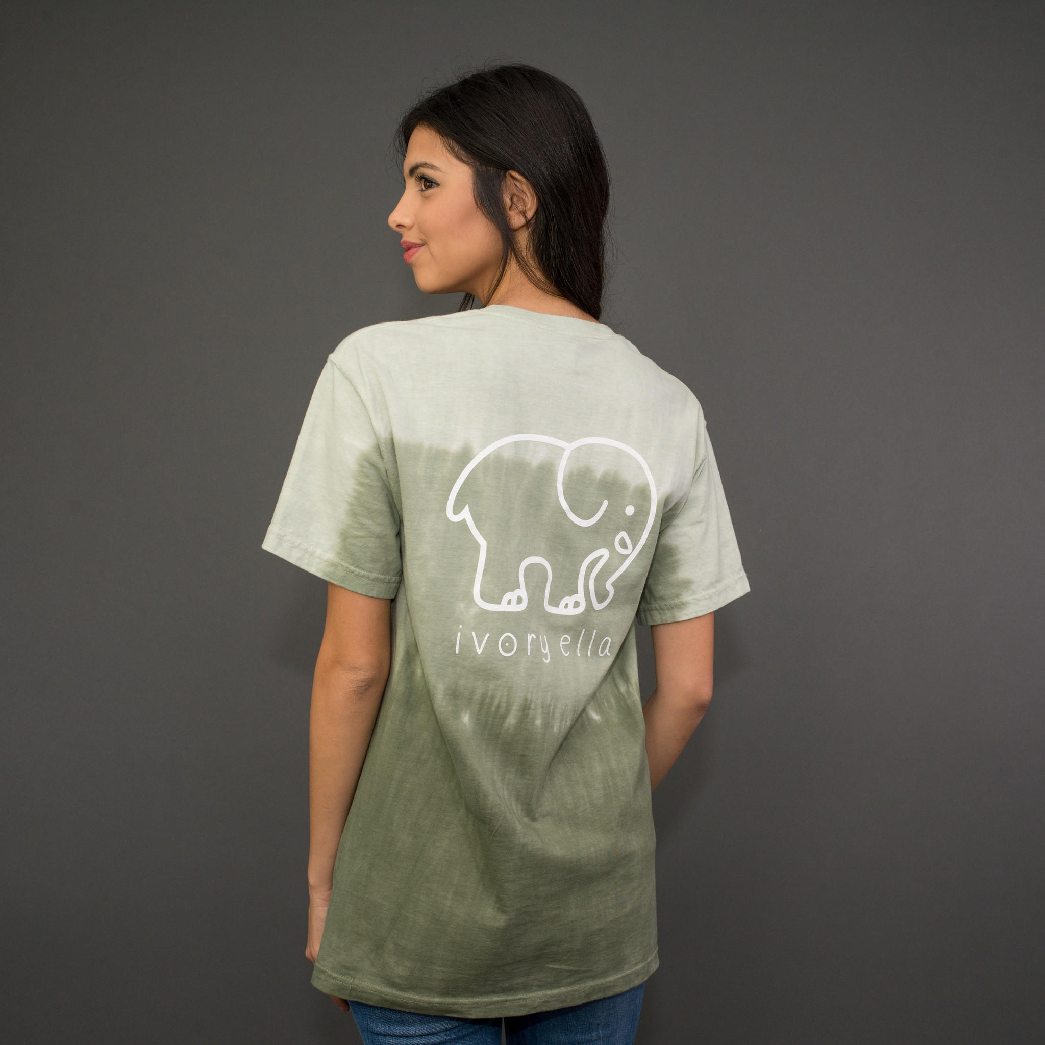 0ddd6ee7fb93 Classic Fit Olive Ombre Tee from Ivory Ella