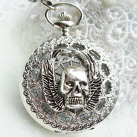Skull and wings pocket watch, front case is mounted with skull with wings