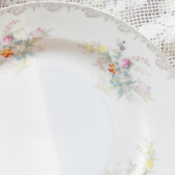 Antique Cottage Style Meito Burbank Dinner Plates, Set of 4, Elegant Tea Party, Vintage