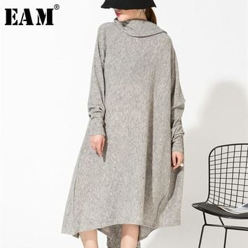 [EAM] 2018 New Autumn Gray Asymmetrical Collar Irregular Hem Loose Long Big Size Kitting Dress Women Fashion Tide AS1711